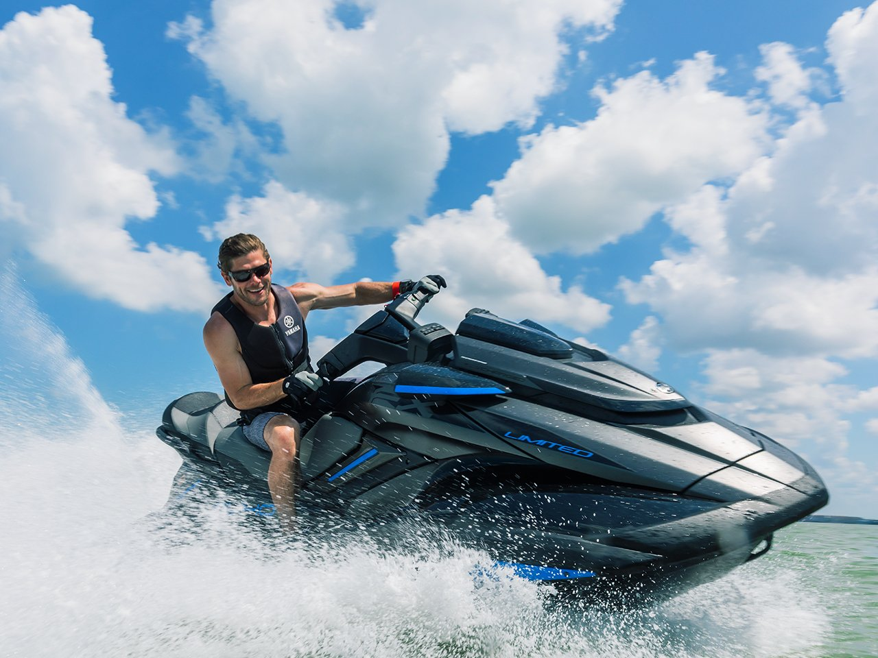 FX Limited SVHO waverunner