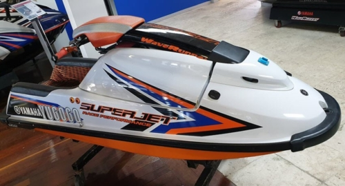 Used-2016-Superjet Yamaha Waverunner